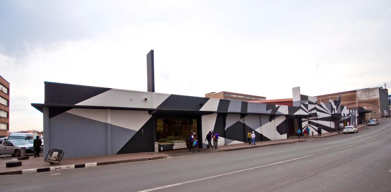 Stephen Hobbs Dazzle Building